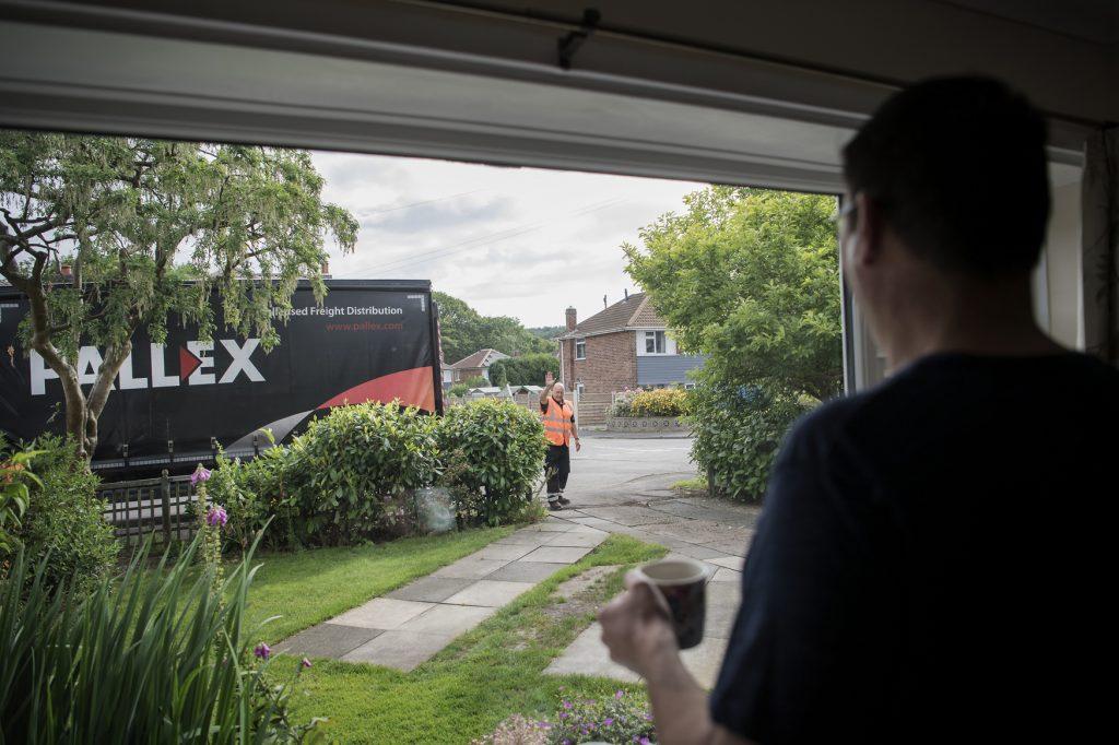 pallex-delivery-01